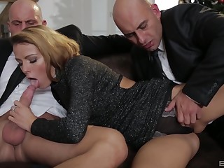 Classy blonde MILF Samantha Johnson takes two cocks and cum shots